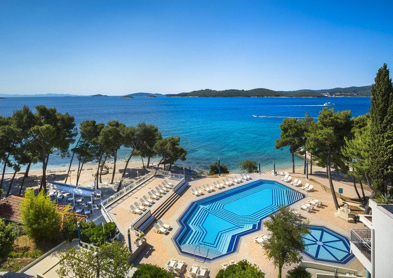 Aminess Grand Azur Hotel - Pauschalreise eine Woche 233,62€