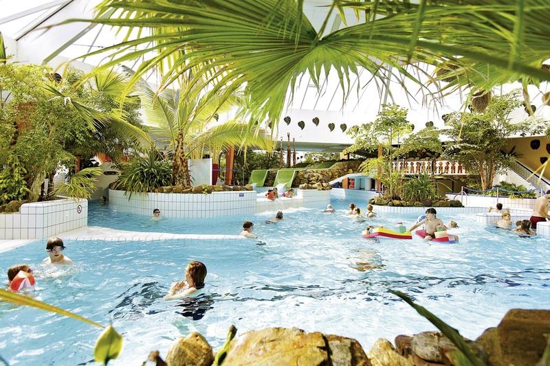 Aqua Mundo tropisch eingerichtet