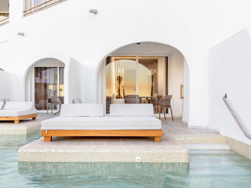 Auch Zimmer mit direktem Poolzugang