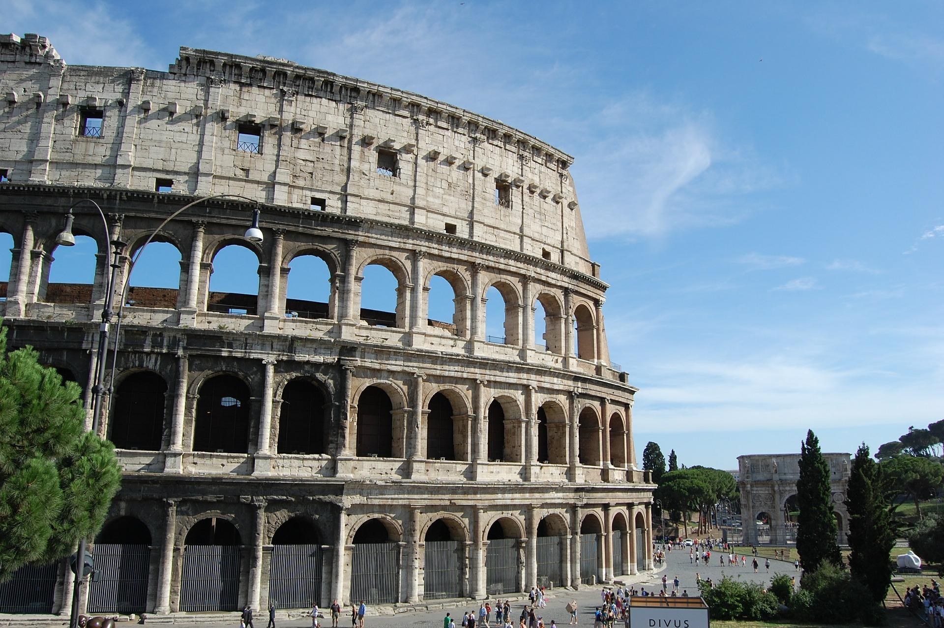 Colosseum in der Stadt - hier kämpften die Gladiatoren