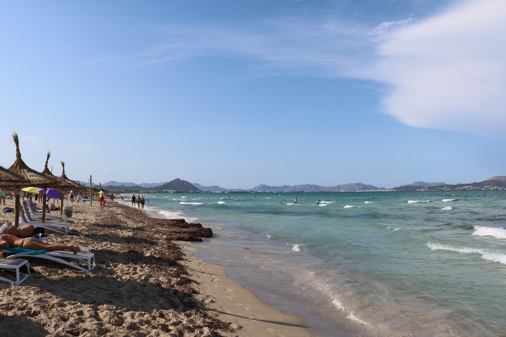 Freut euch auf einen endlos lange Strandpromenade