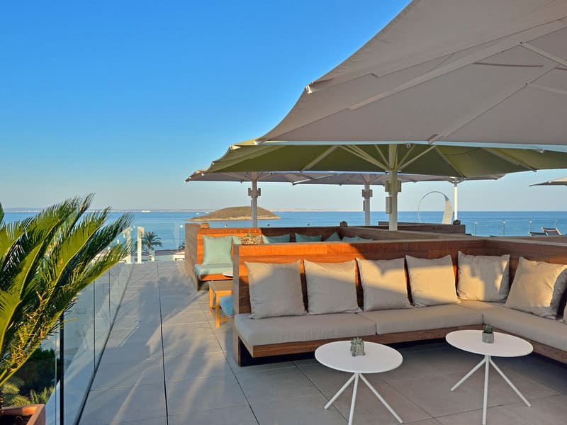 Genießt einen schönen Urlaub auf dem Rooftop 9 Magaluf