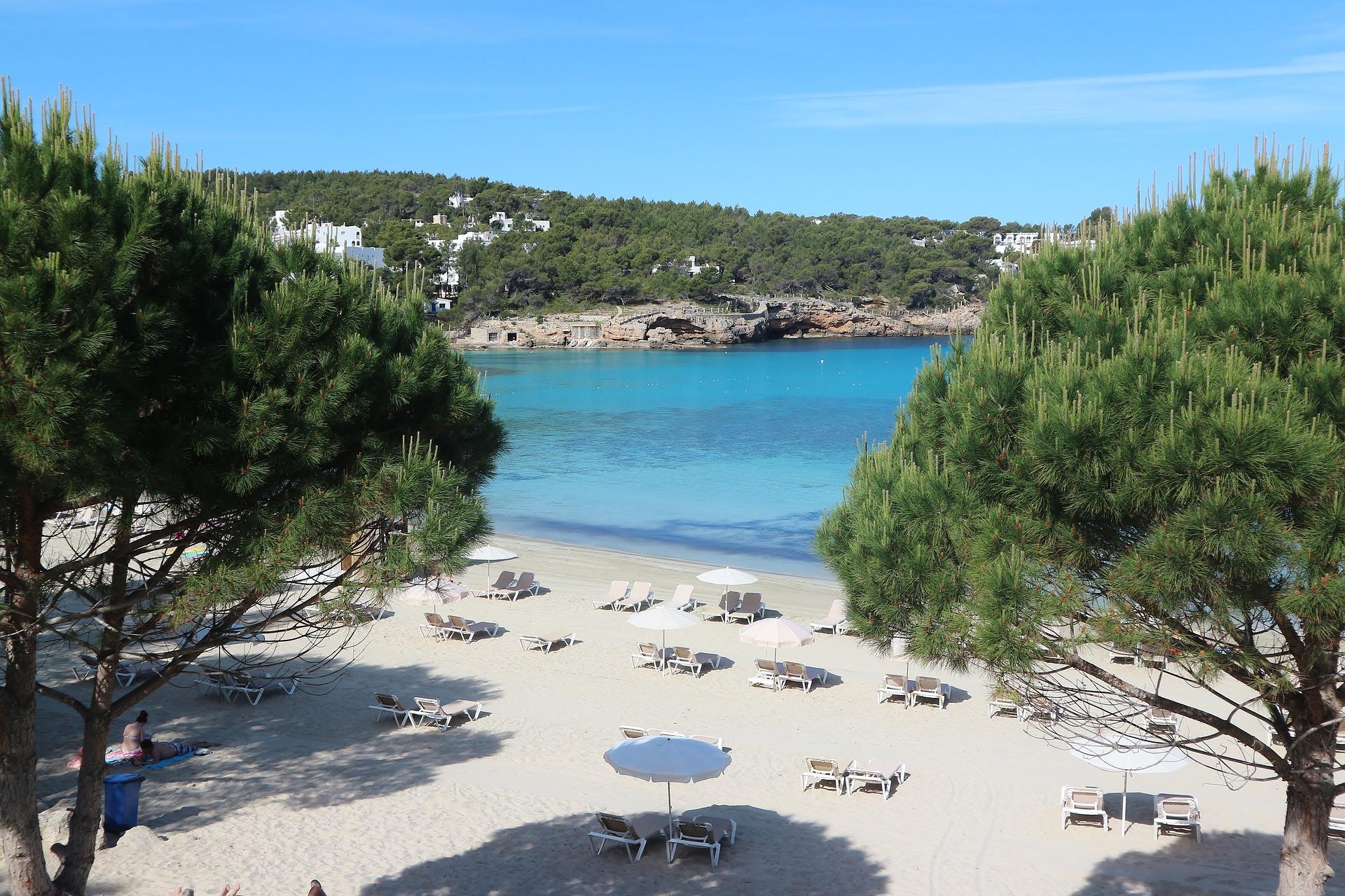 Ibiza Flug - ab 6,44€ günstig buchen Schnäppchen