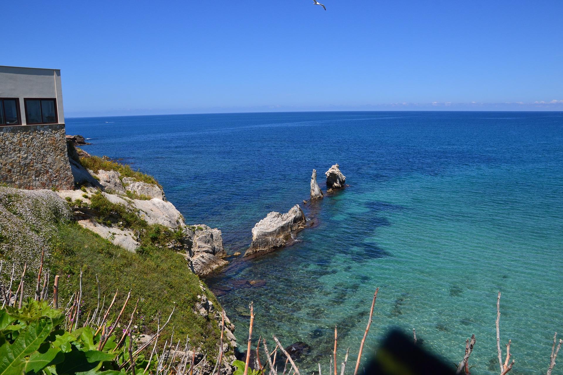 Tyrhenisches Meer - Küste Palermos