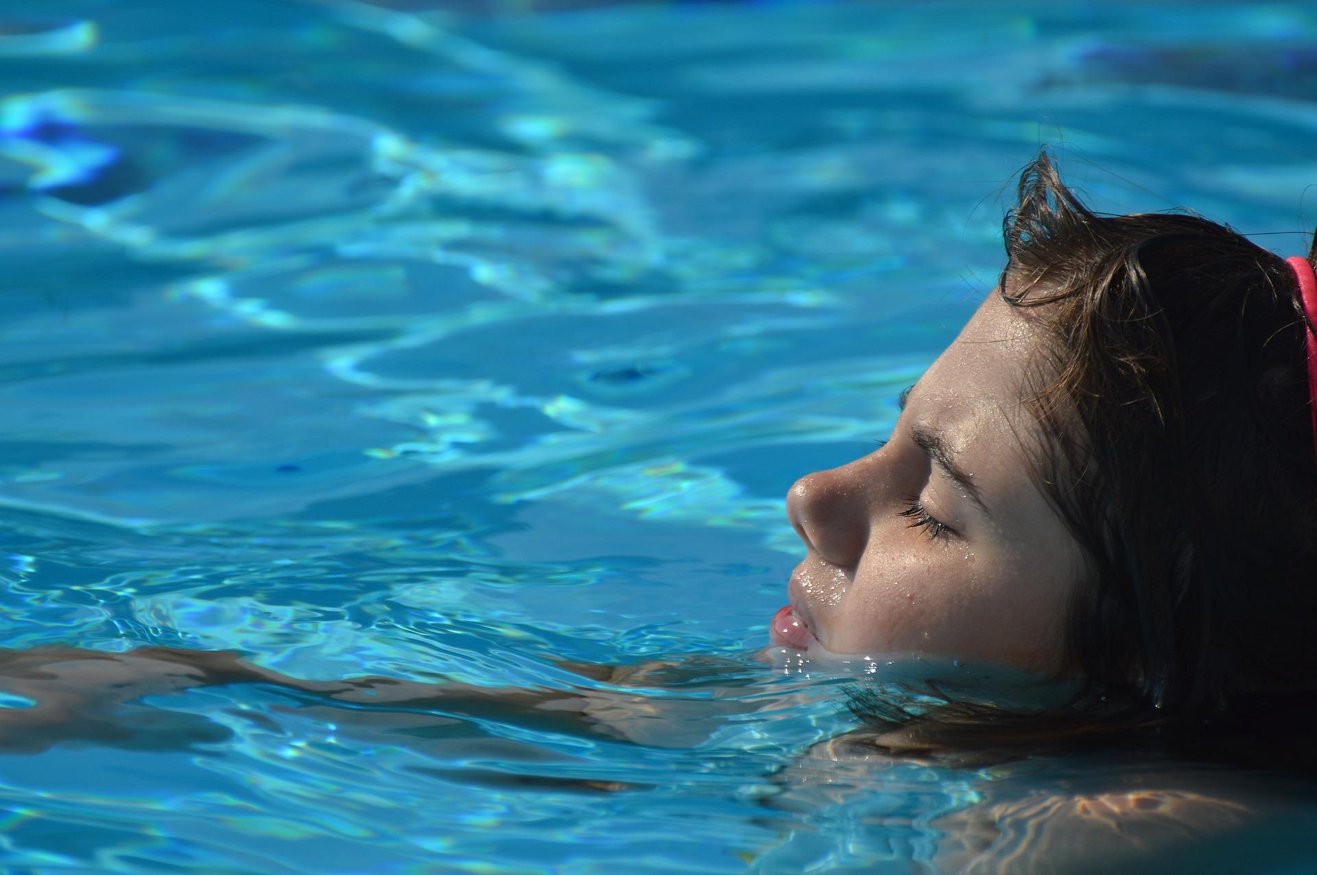 26 verschiedene Becken warten auf euch im innen und außenbereich