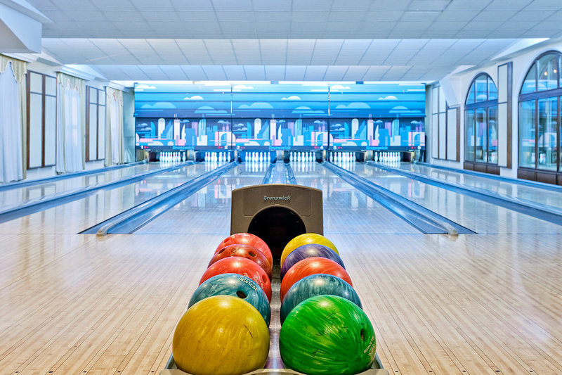 Bowling über das gesamte Jahrin der Hotelanlage
