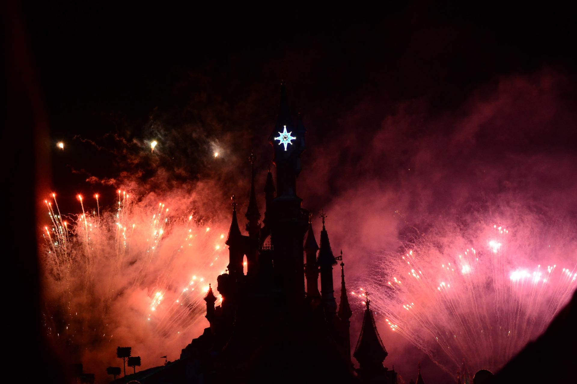 Freut euch am 05 Juli auf ein atemberaubendes Feuerwerk an dem alles getan wurde, außer gespart