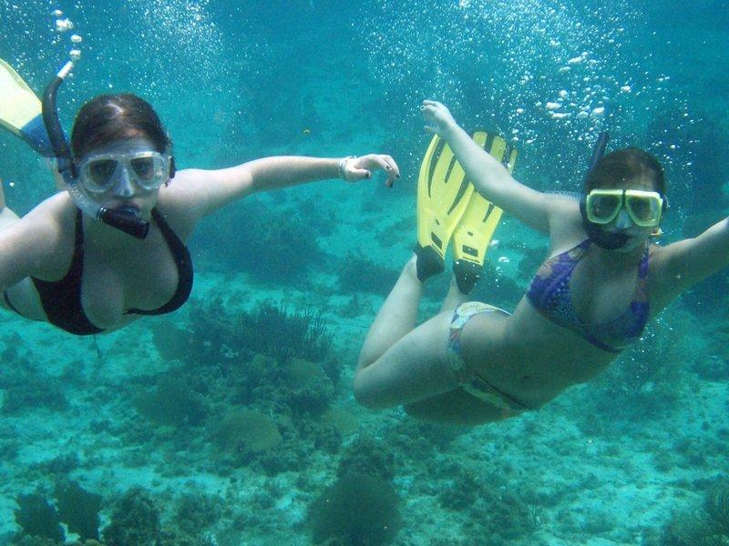 Schnorcheln kann man direkt vor den Hauseigenen Riffen