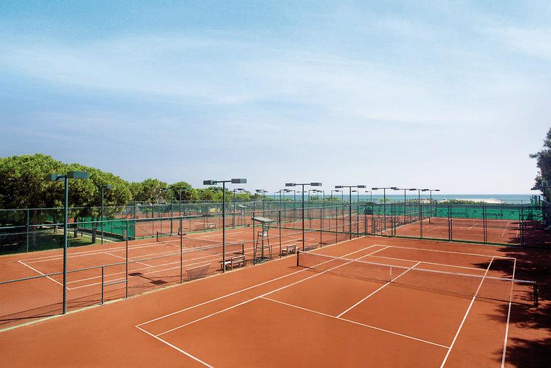 Tennisplatz nur saisonal bedingt