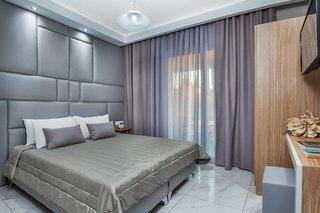 großes frisch renoviertes Hotelzimmer im Anna Hotel