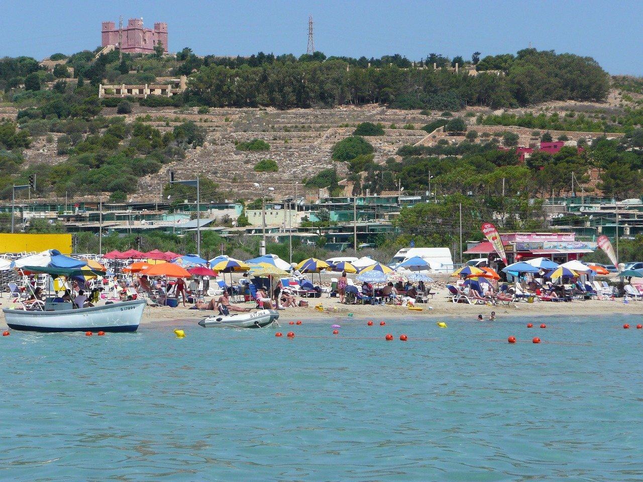 Mellieha Bay Strand direkt am Hotel