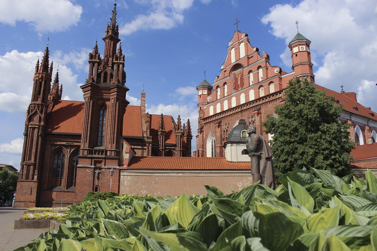 Flüge Vilnius - nur 6,99€ günstige Städtereise buchen 1