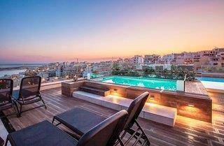 Rooftoop mit Infinity Pool perfekt für Urlaub zu zweit