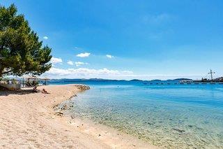 Flachabfallender Strand in die Adria perfekt für Familienurlaub