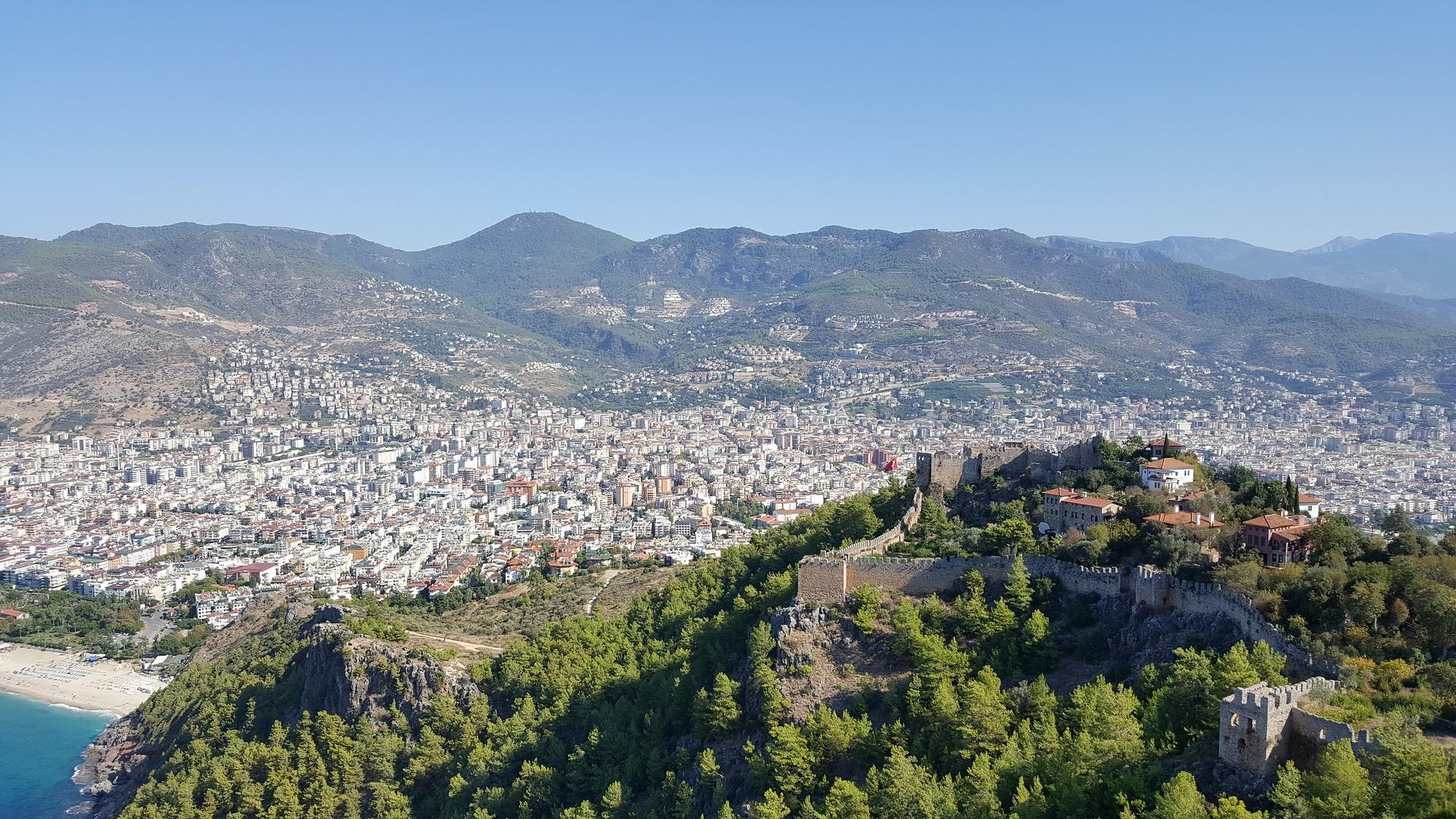 Die historische Burg der Stadt - Pauschalreise Alanya